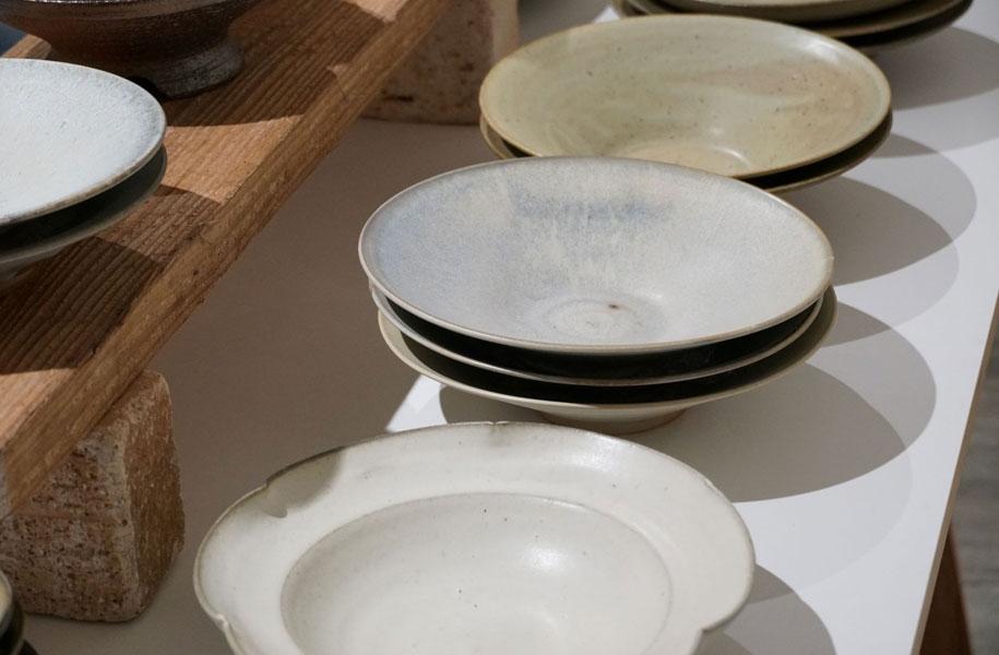 どんな料理も引き立つこと間違いなし。何をどんなふうに盛り付けるか、楽しみなお皿たち!