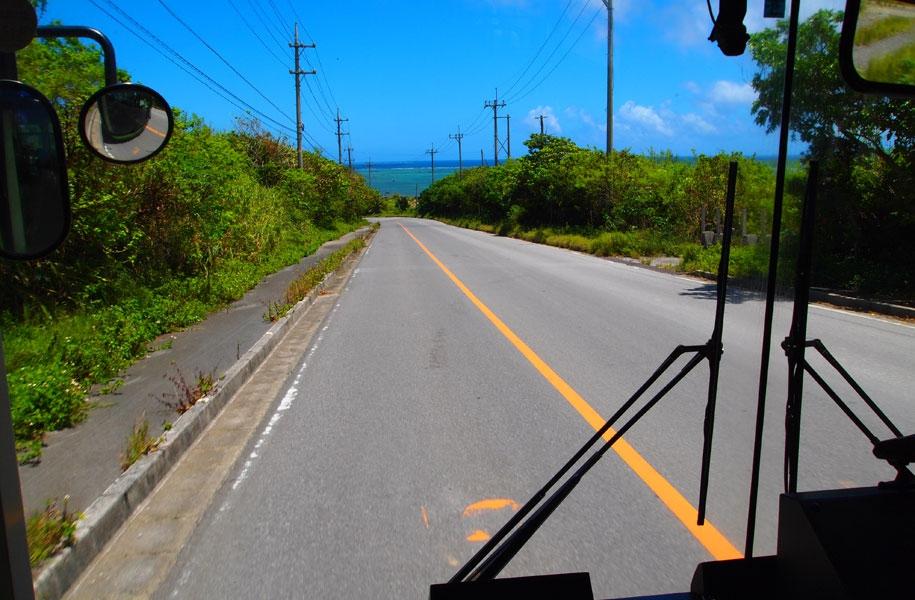 のんびりバスの旅もいろんな出会いがあって面白い!