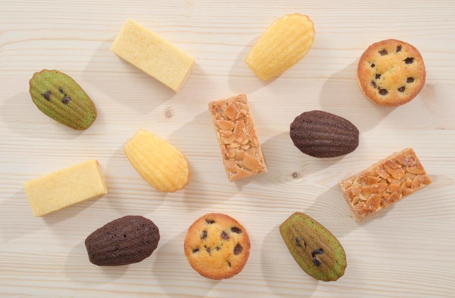 焼き菓子もいろいろ種類があります♪