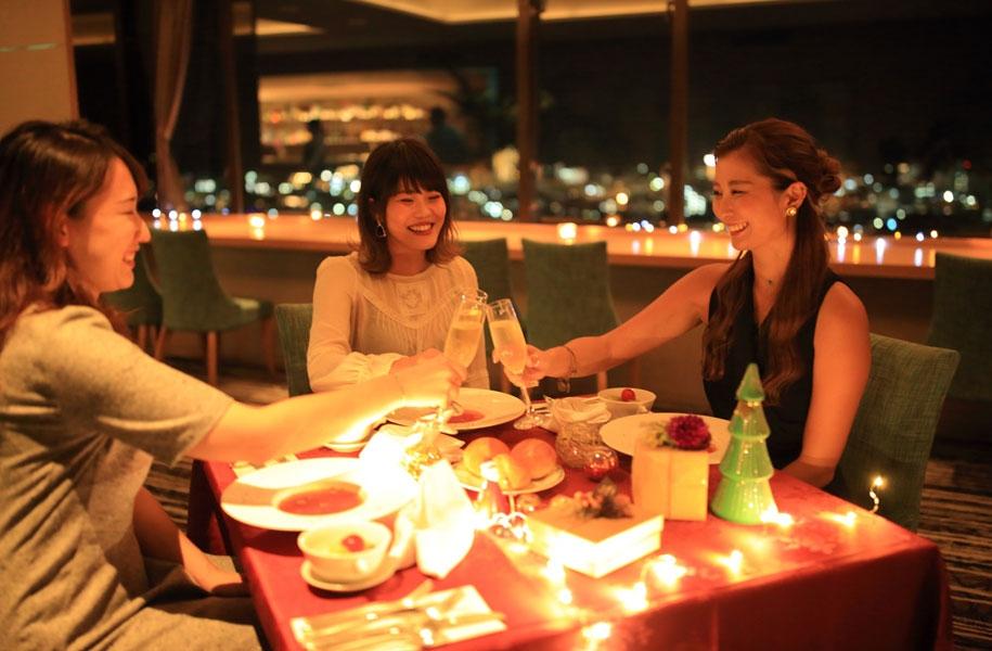 美味しい食事と夜景で特別な夜をお過ごしください。(写真はイメージです)