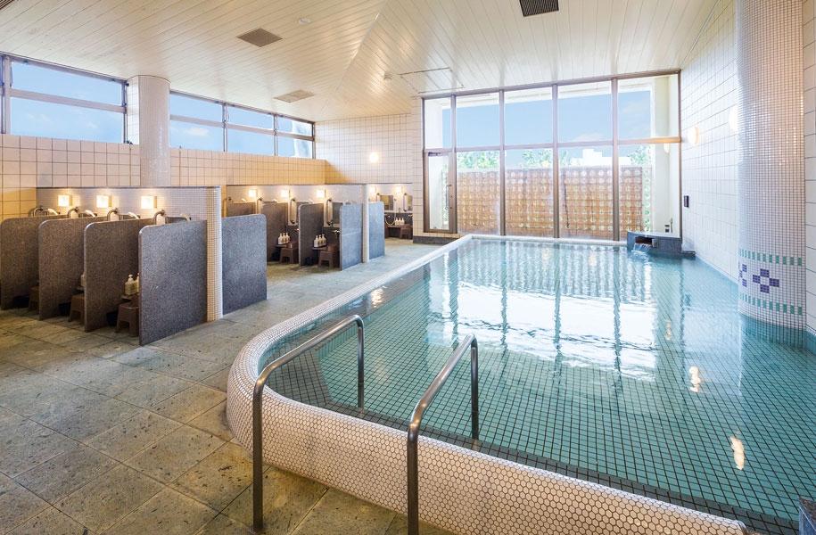 超軟水の大浴場が旅の疲れを癒してくれます。