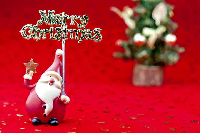 サンタさんがクリスマスプレゼント(お菓子)をお部屋にお届け!